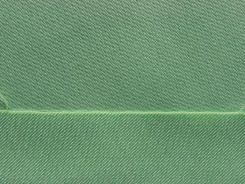 中冉纺织专注于休闲时装面料的研发、生产与销售,主营交织类棉锦弹力面料、锦棉弹力面料、涤棉弹力面料、棉涤弹力面料、天丝类系列面料、仿真丝面料、涤纶四面弹和锦纶四面弹等中高档梭织时装面料。2005年创立于杭州美丽的西子湖畔,坚定高品质定位,严格生产管控和科学管理,与富丽达集团等印染企业保持长期稳定的合作,具有800万米以上的供应能力。公司地处华东地区长三角经济前沿地带,交通便利、物流发达、资源丰富,这里作为中国纺织面料生产基地,纺纱、织造、印染、印花、水洗和涂层等综合配套齐全,软硬件设施非常完善,能为客户