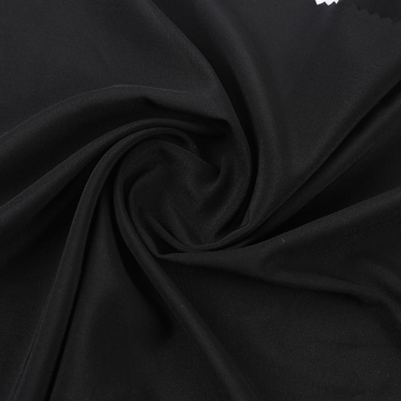 真丝、锦纶与人造丝交织的时装面料SVN4902,桑蚕丝的新应用,主要做奢华服装